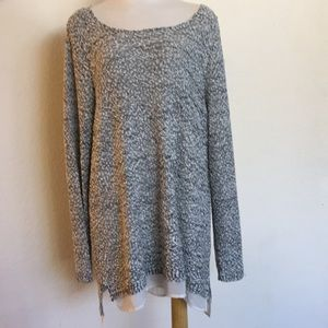 Light Weight Tunic Length Sweater Blouse